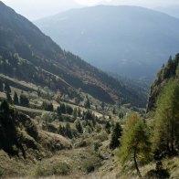 Risalendo la valle sopra Malga Le Prese, verso la Vallazza - Parco Dolomiti Bellunesi
