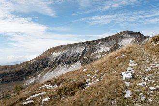 Il Col di Luna visto dlla Busa di Pietena, sentiero 801 - Alta via delle Dolomiti n° 2 - Parco nazionale Dolomiti Bellunesi